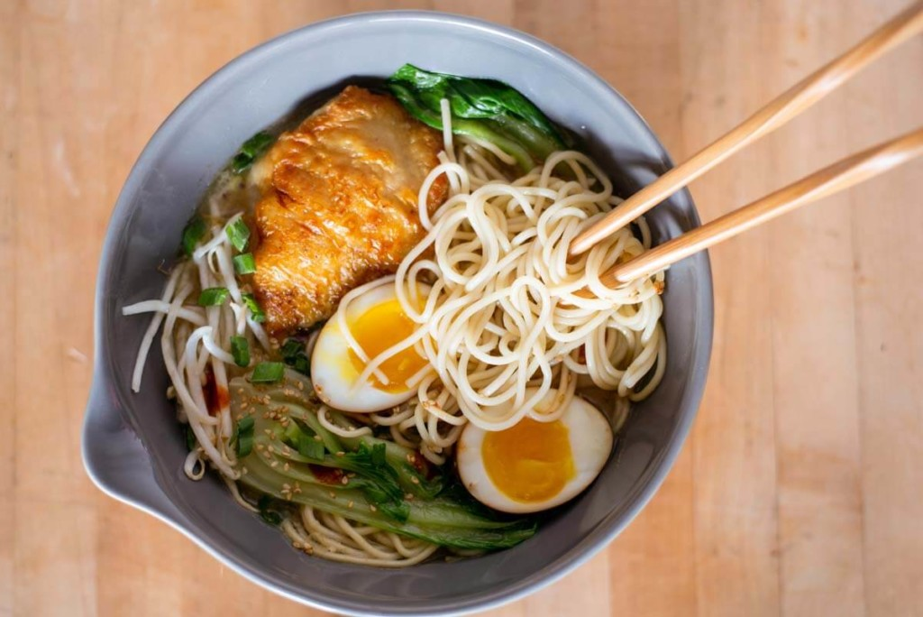 ramen soft boiled egg chicken